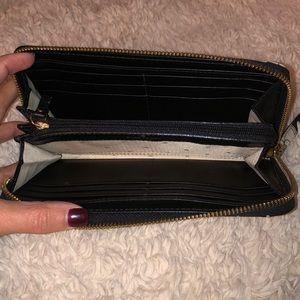 kate spade Bags - Kate Spade Zip Around Wallet